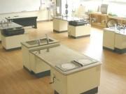 愛知県教育施設 実験台